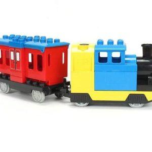 Elektrische stoomtrein met wagon